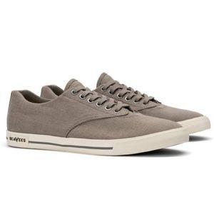 SeaVees Hermksa gray sneakers